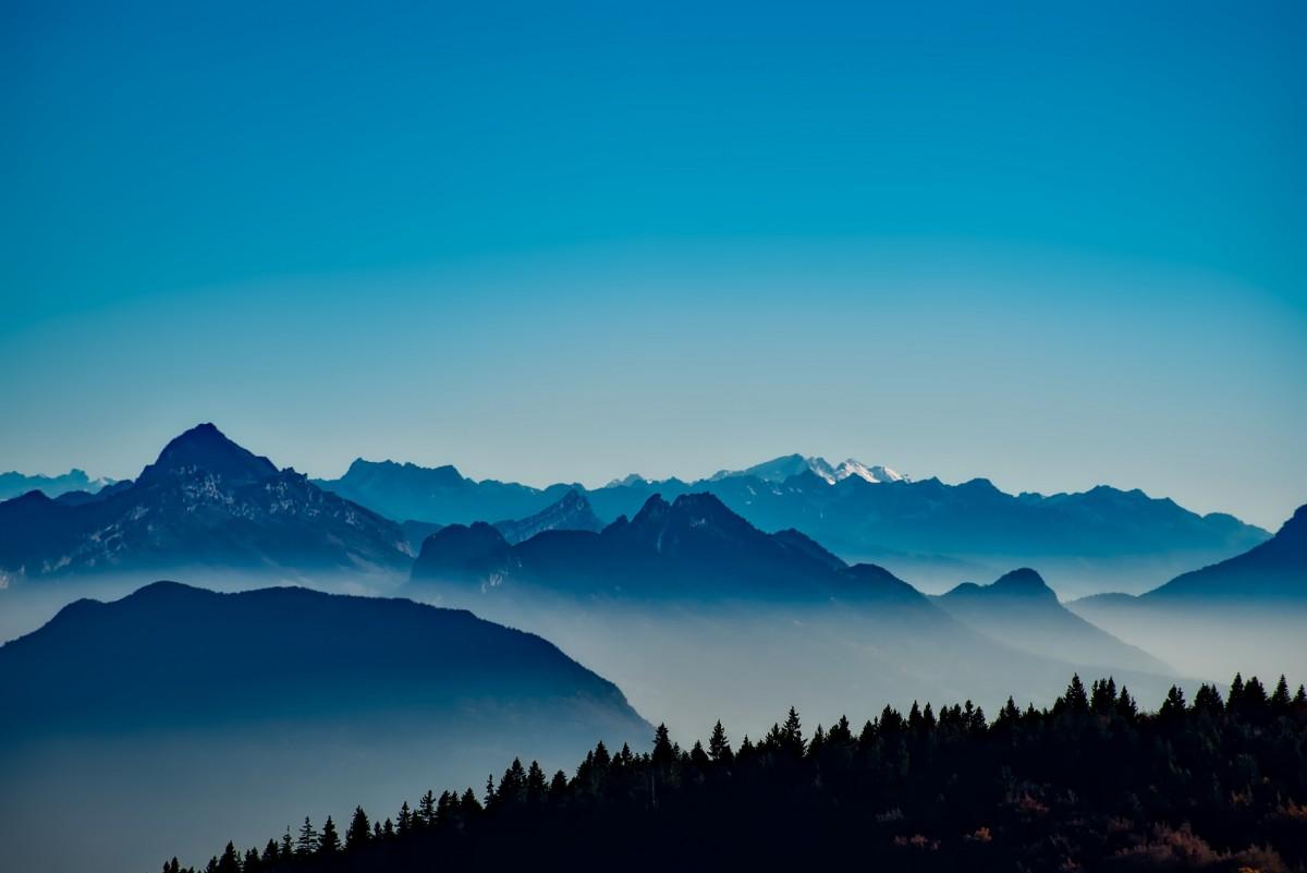 Gambar  pemandangan hutan horison gurun gunung awan