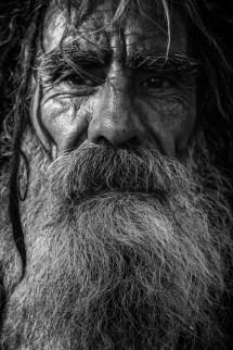 41 Koleksi Gambar Hitam Putih Orang Sedih Terbaru
