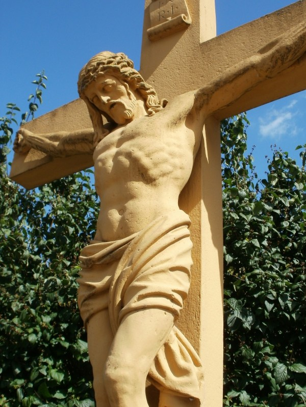 Free Wood Statue Symbol Cross Sculpture Art