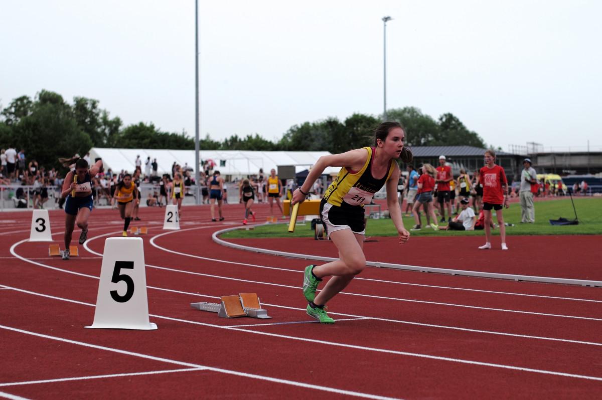 Gambar  Melompat olahraga kejuaraan lari cepat