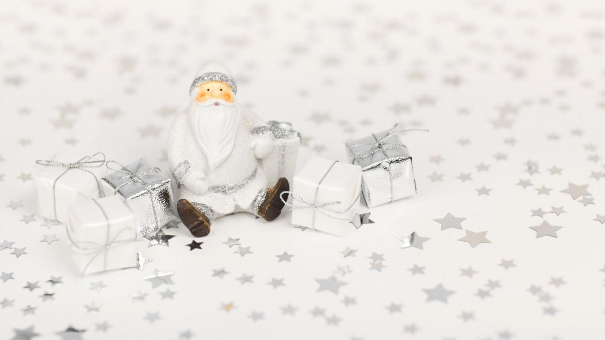 Gratis Afbeeldingen : hand-, persoon, sneeuw, winter, wit