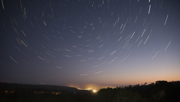 Gambar  malam suasana fase bulan objek astronomi