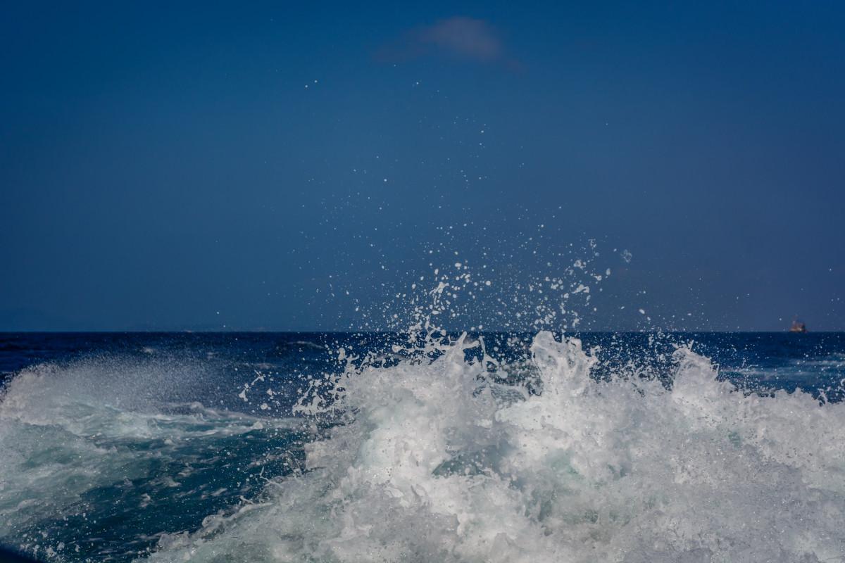 Free Android Fall Wallpaper Free Images Sea Coast Ocean Horizon Sky White