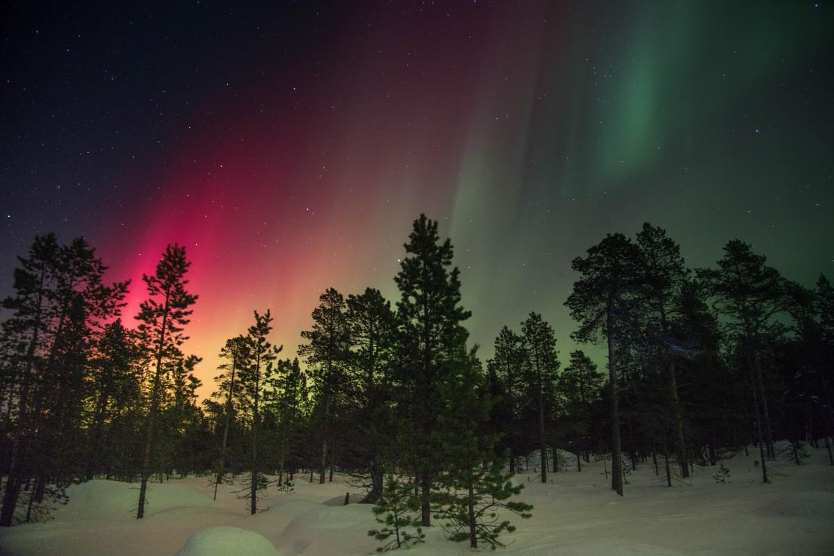Gambar  pemandangan alam salju musim dingin langit
