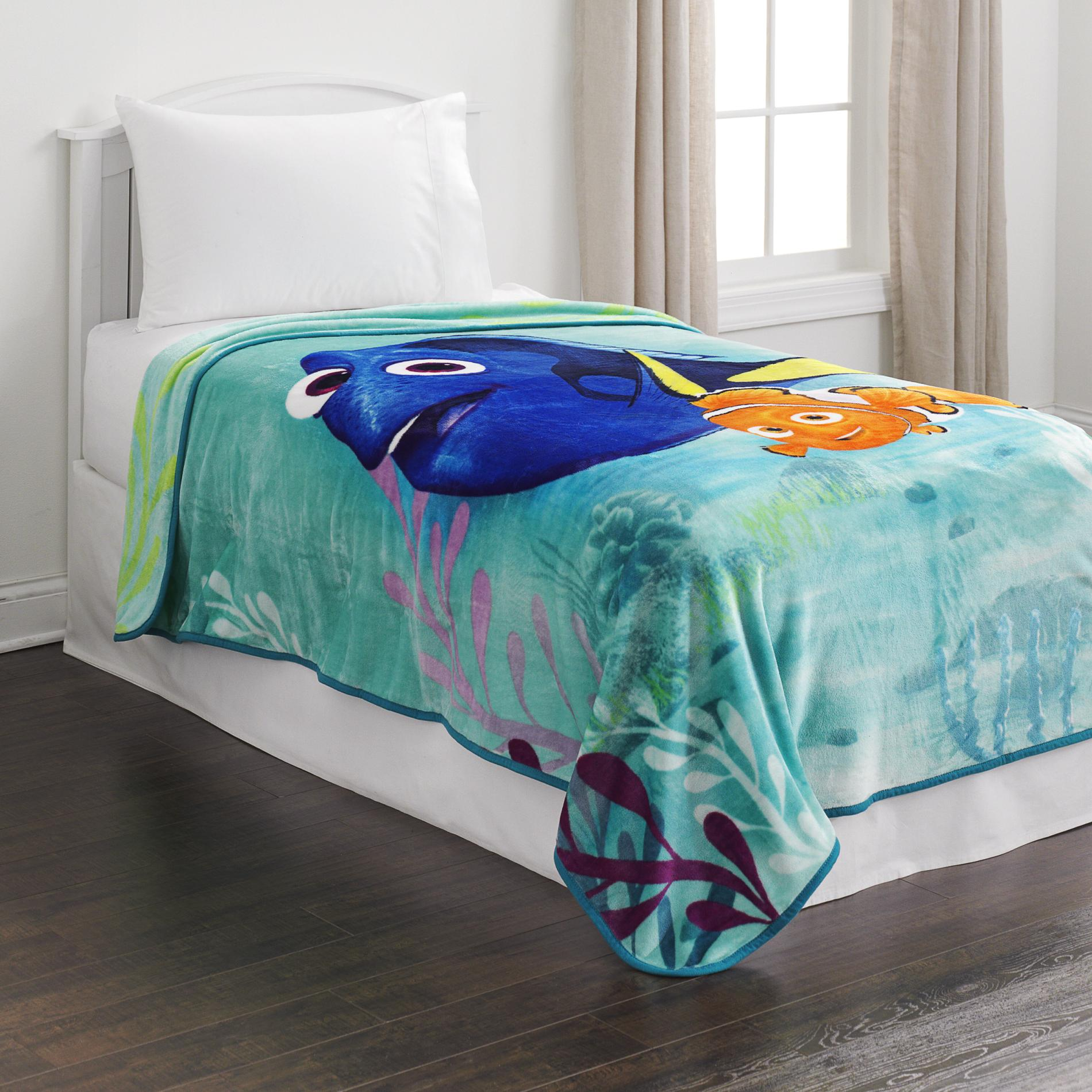 Disney Fleece Blanket - Finding Dory