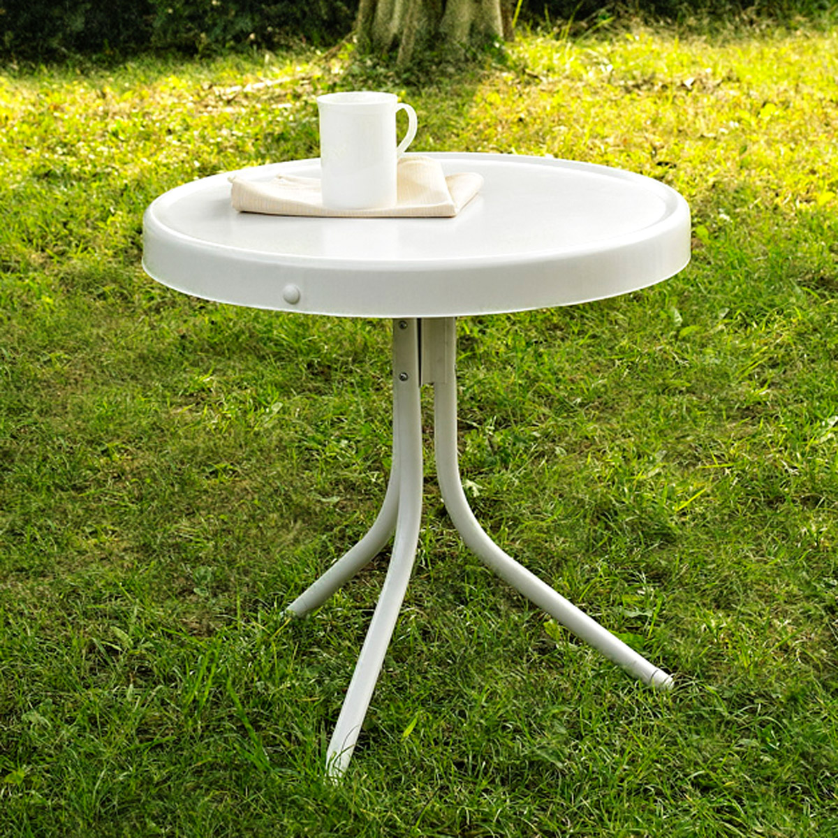 Crosley Outdoor Retro Metal Side Table-white