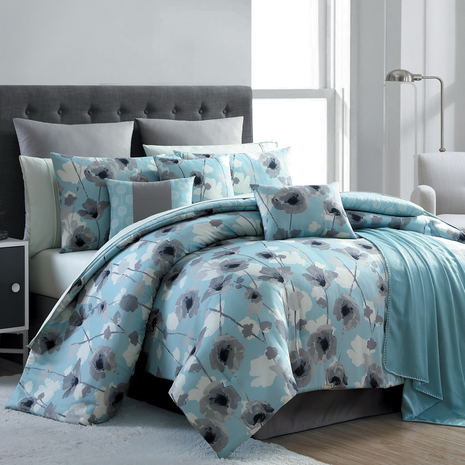 Essential Home 16Piece Complete Bed Set  Blue Poppy