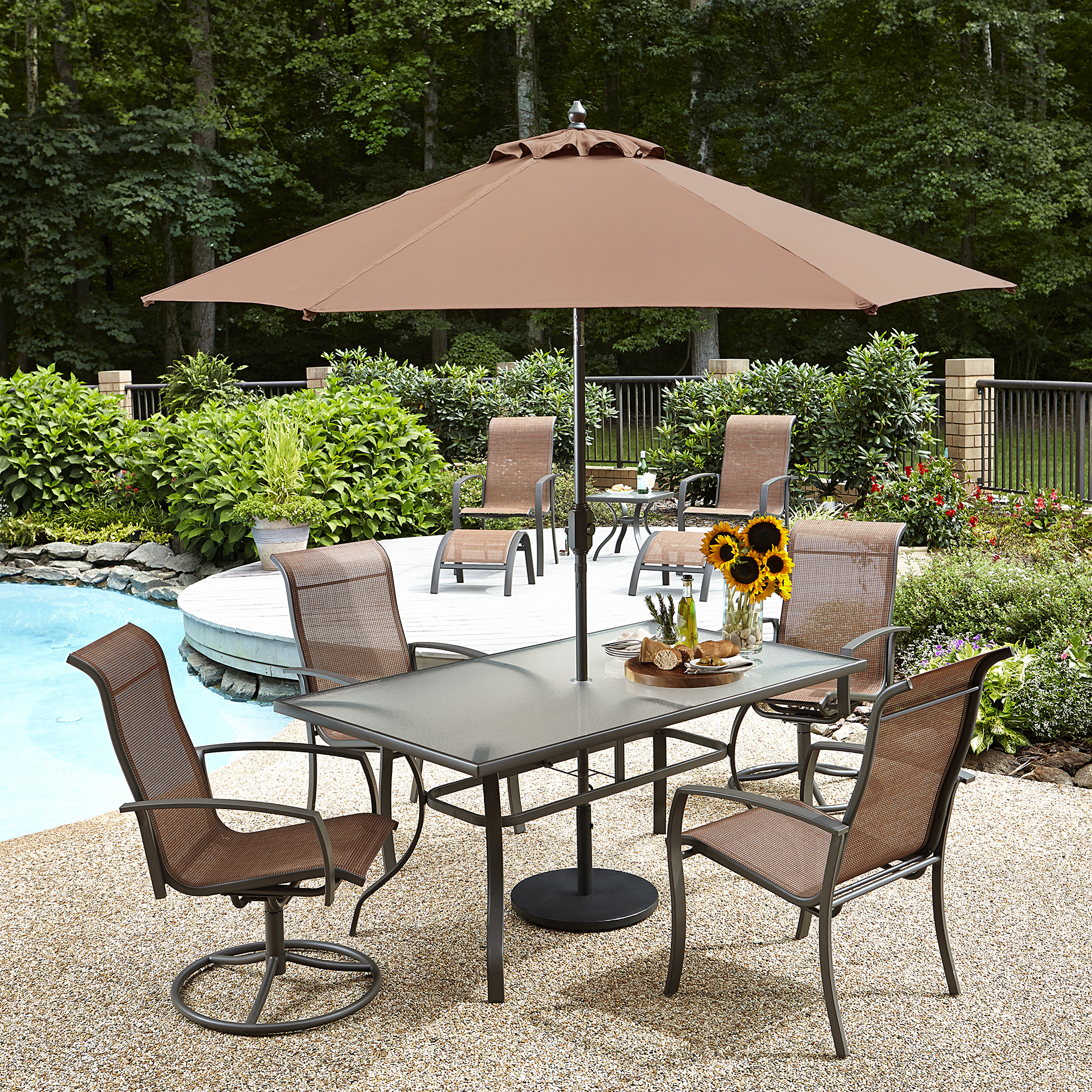 Essential Garden Harley Umbrella 9ft - Outdoor Living