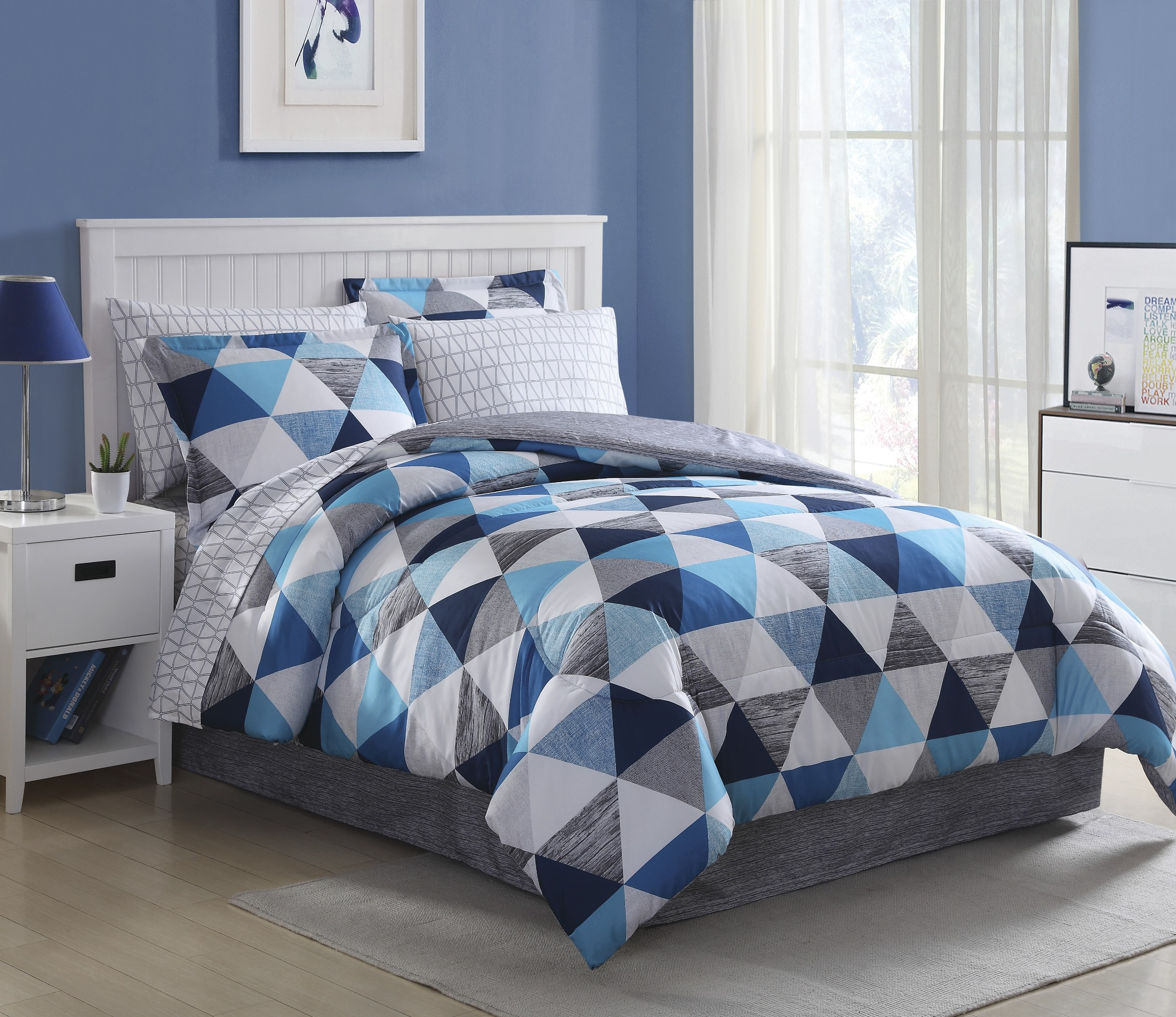 Essential Home Complete Bed Set  Blue Triangles