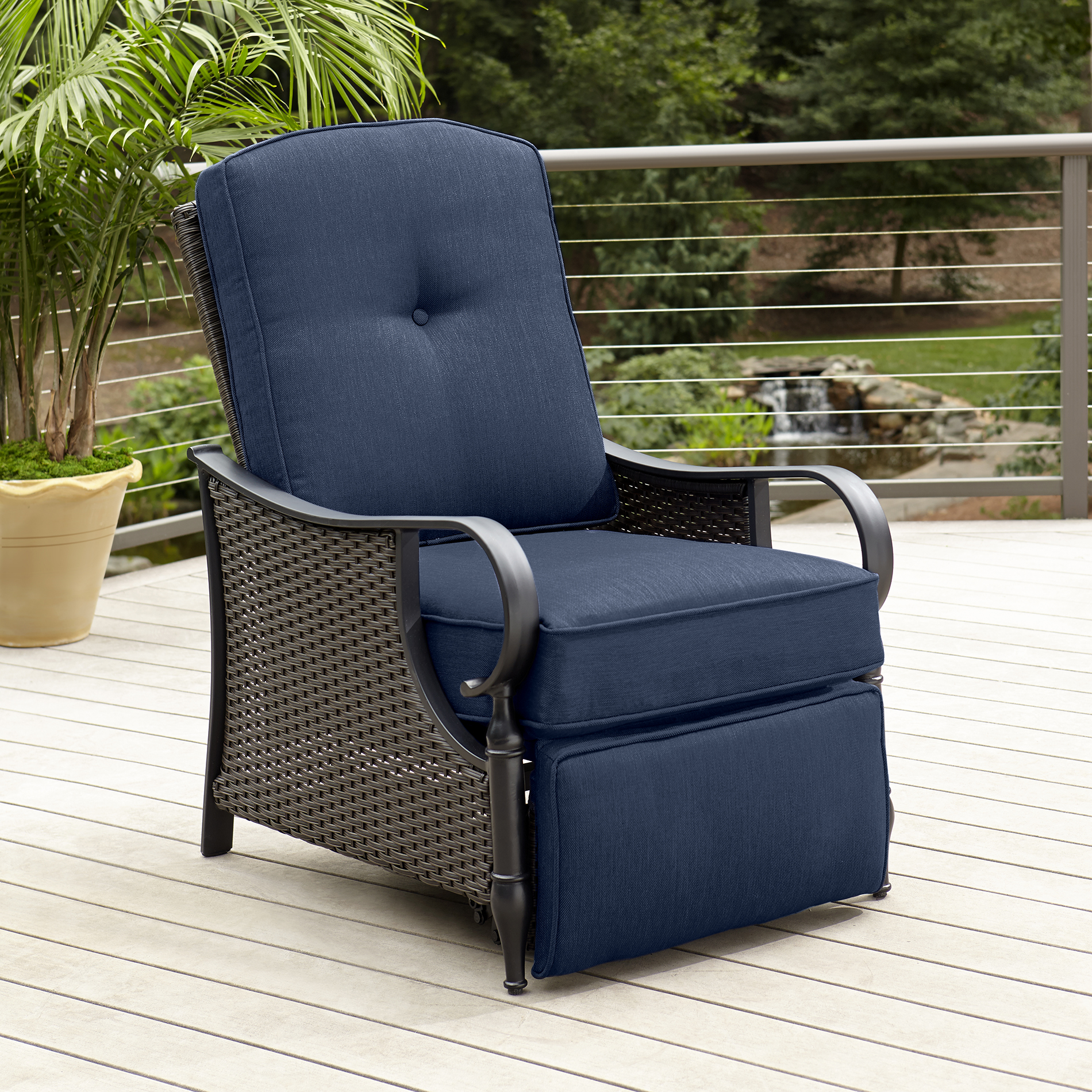 Outdoor Reclining Chair La Z Boy Outdoor Kayla Recliner Blue