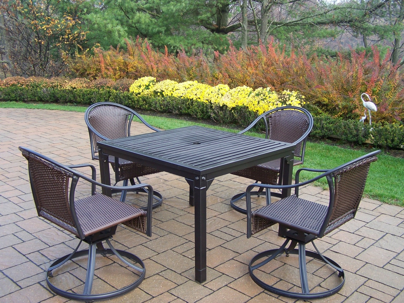 Oakland Living 5 Pc. Swivel Patio Dining Set With 40x40