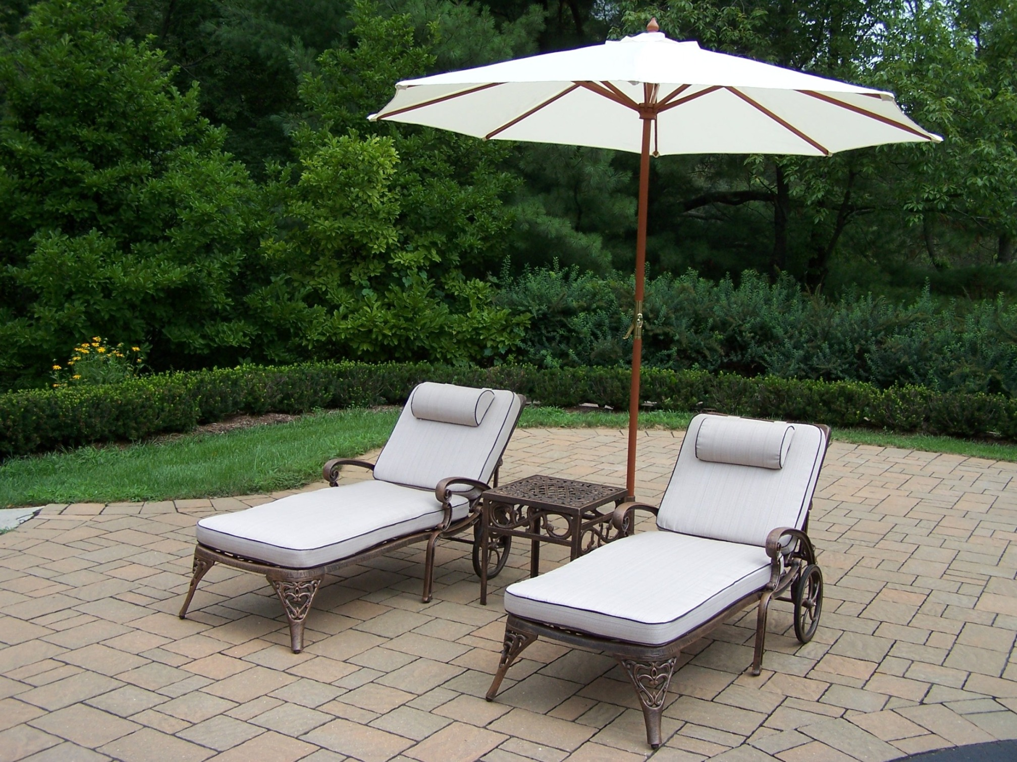 lounge chair umbrella stand yoga certification nyc oakland living cast aluminum set 2 cushioned