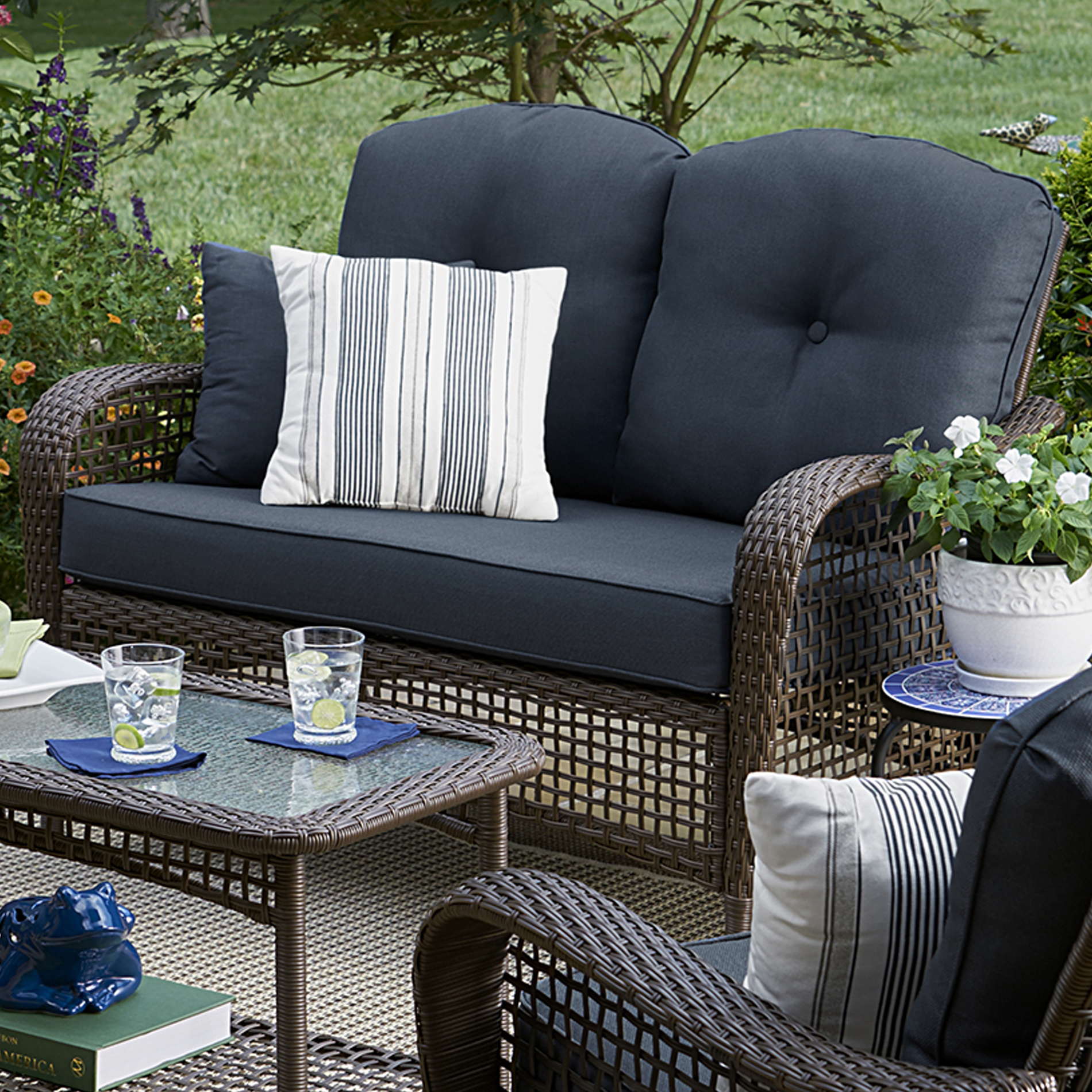 Grand Harbor Prairie Hill Loveseat- Blue Limited