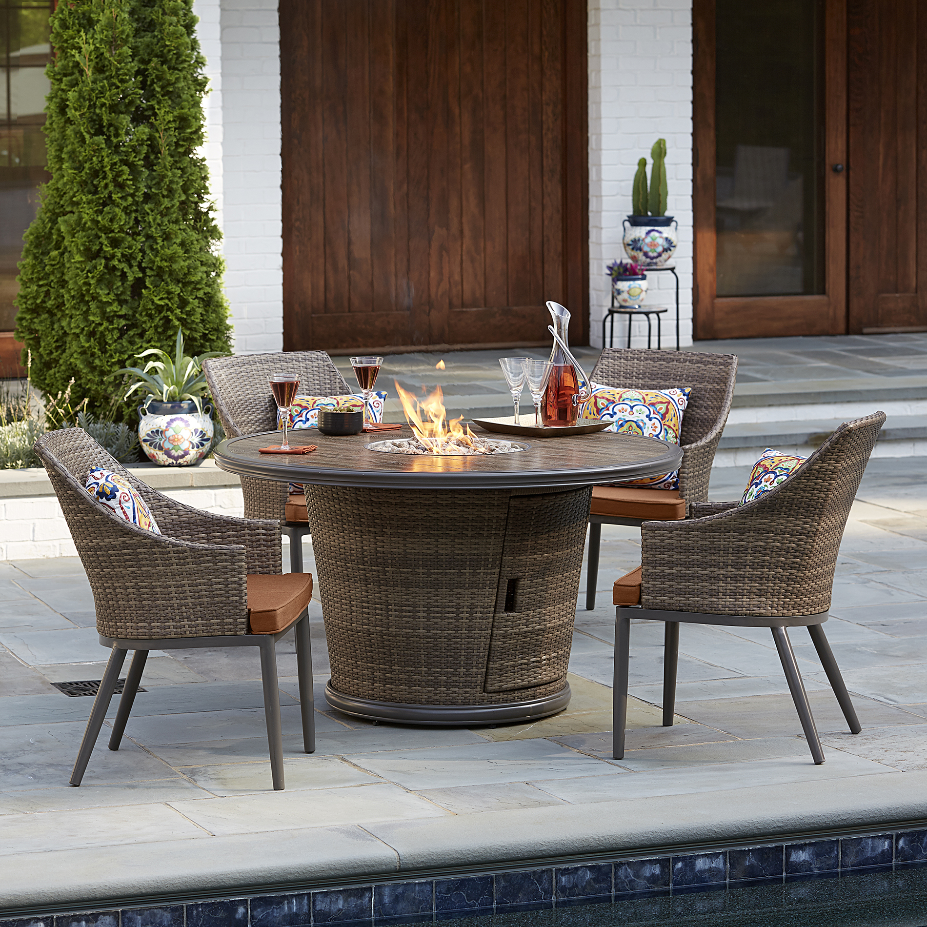 Grand Resort Santa Rosa 5 Pc. Wicker Fire Dining Set
