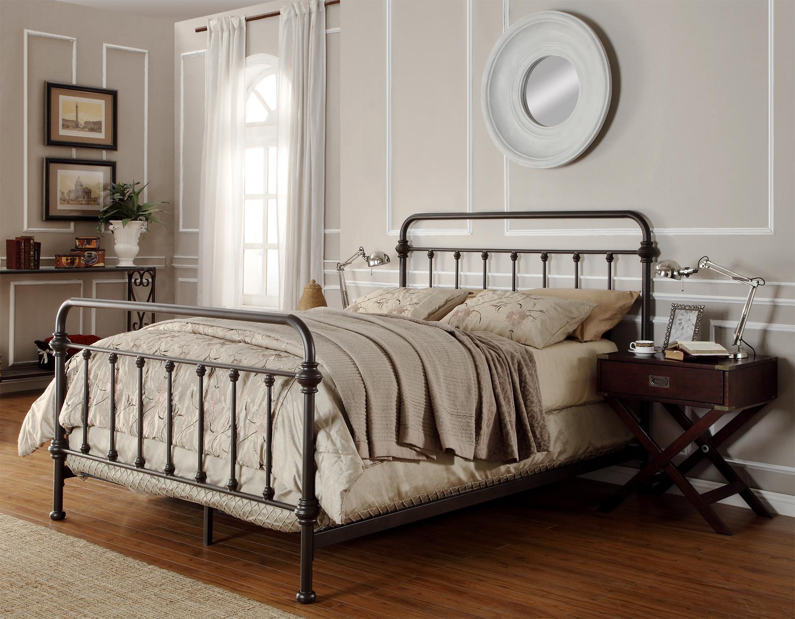 Oxford Creek Bedford King Metal Bed In Vintage Bronzed