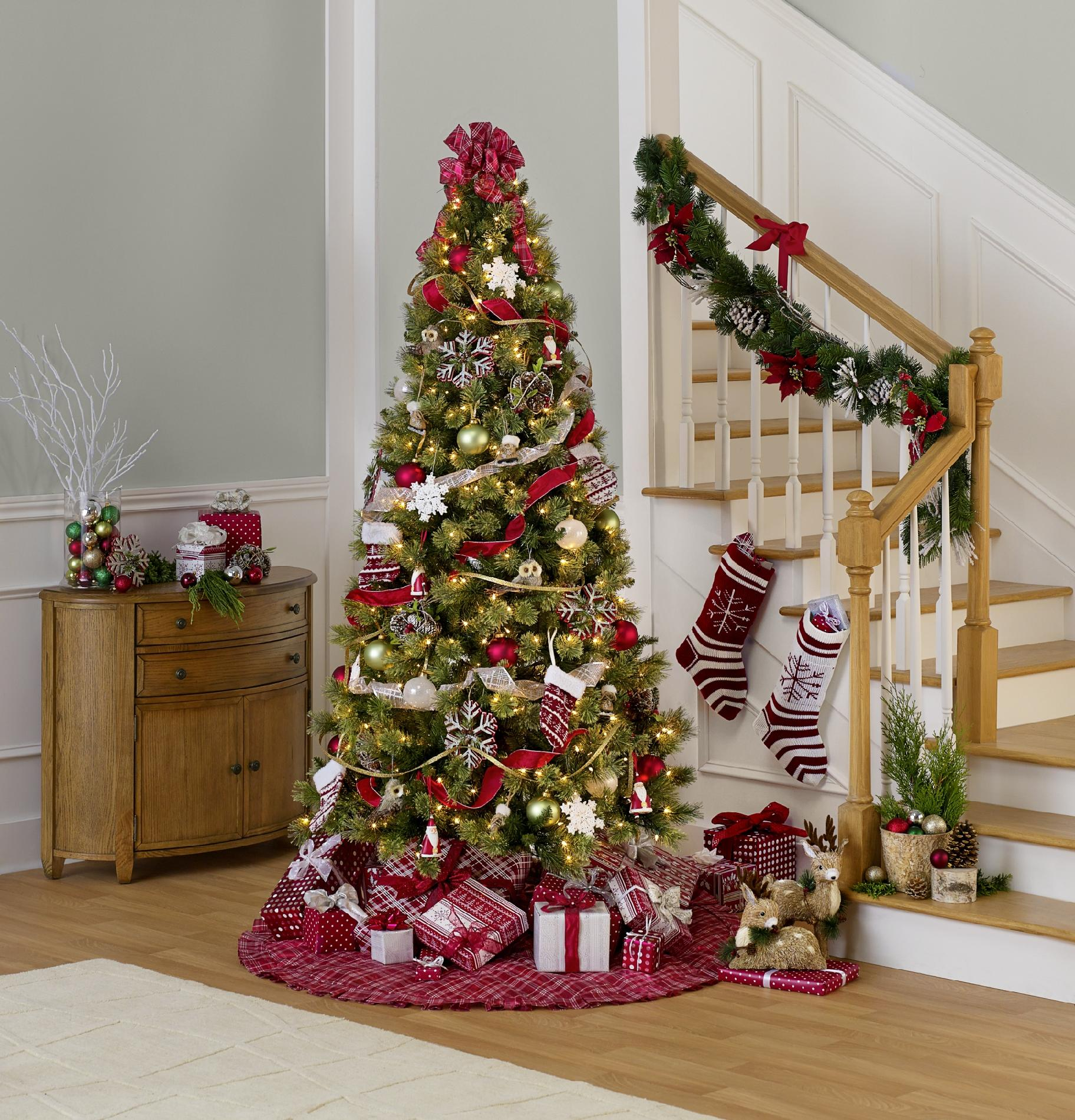 Sandra by Sandra Lee 87 Piece Complete Christmas Tree Trim