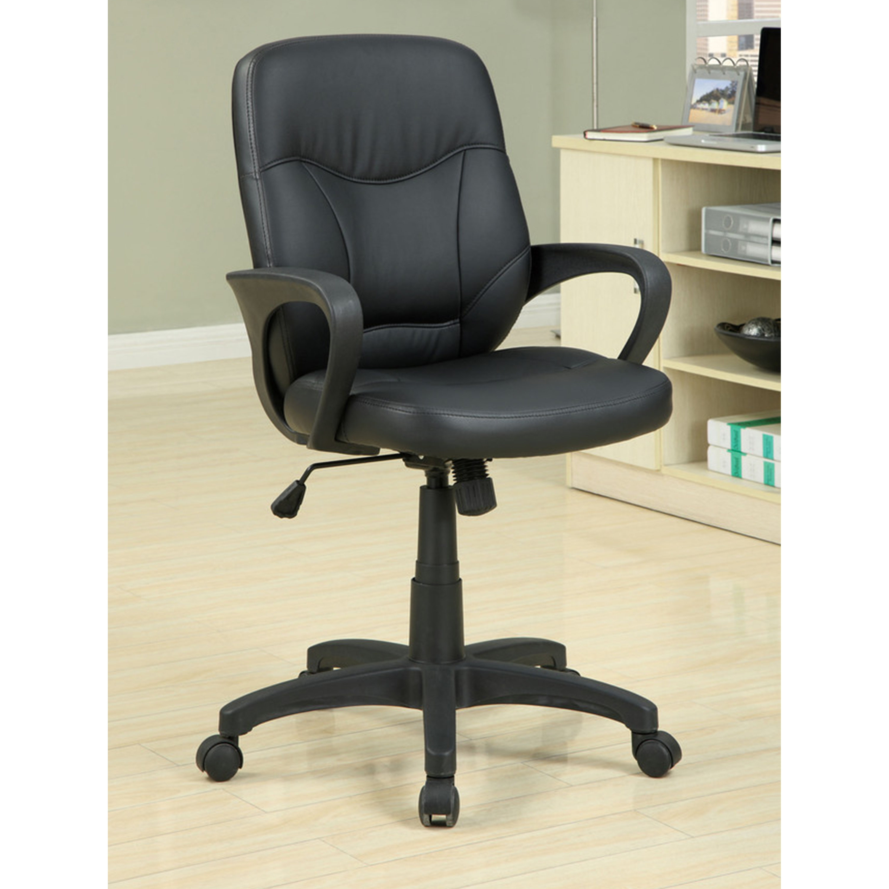 Spinning Chair Venetian Worldwide Stratford Leatherette Office Chair In Black
