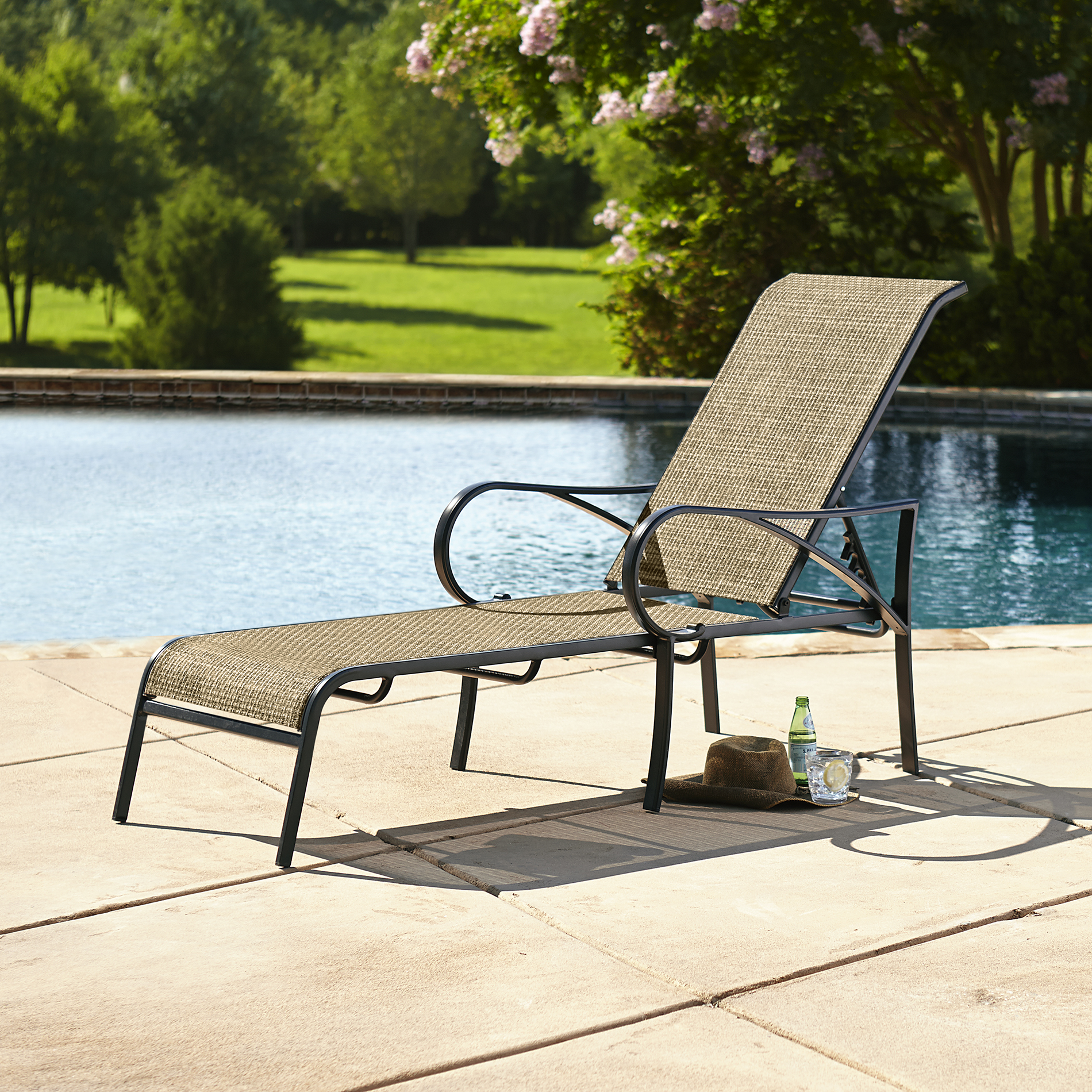 Grand Resort Oak Hill Sling Chaise Lounge - Limited