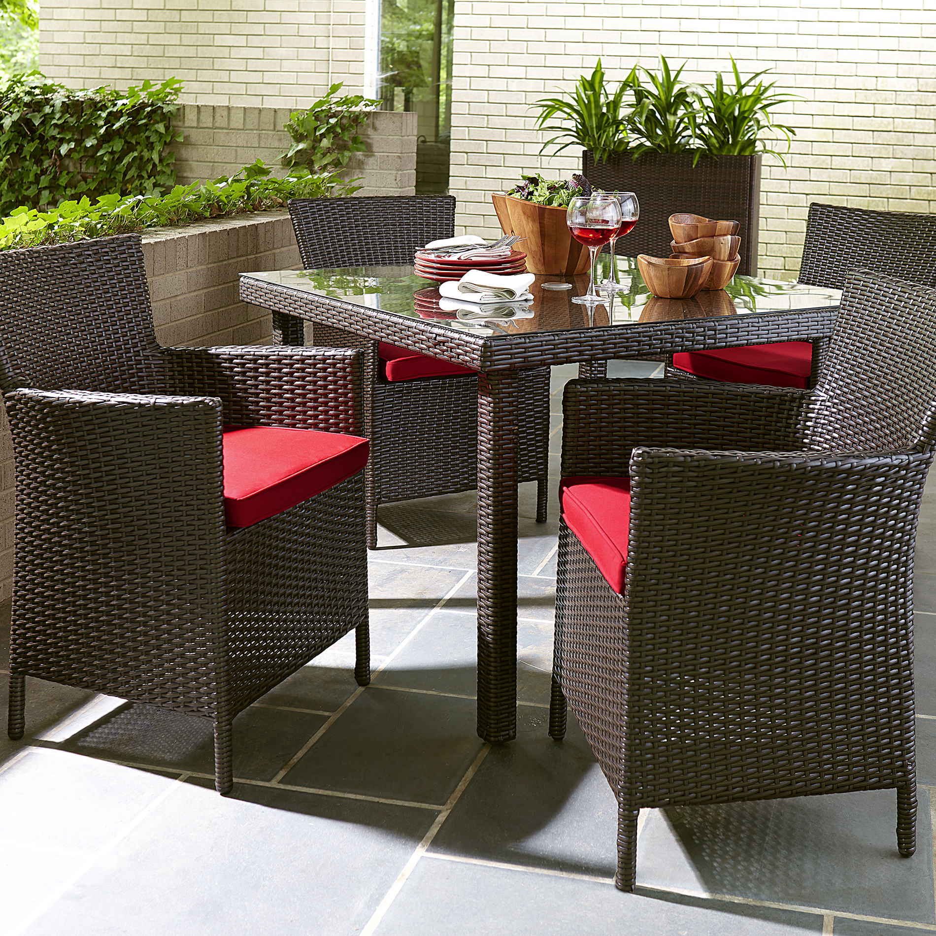 Grand Resort Osborn 5pc Dining Set- Red - Outdoor Living