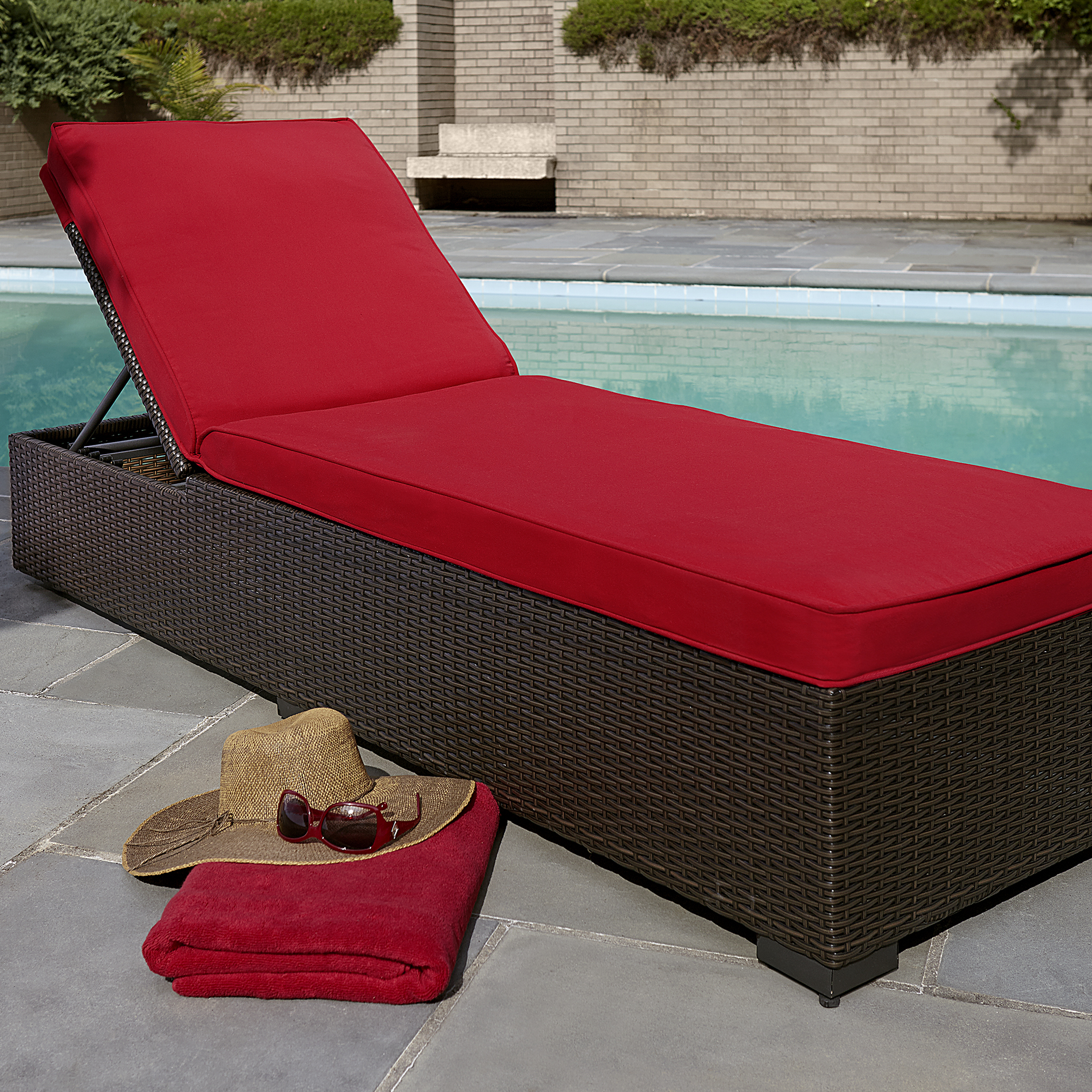 cheap outdoor chaise lounge chairs ergonomic chair grey grand resort osborn red living