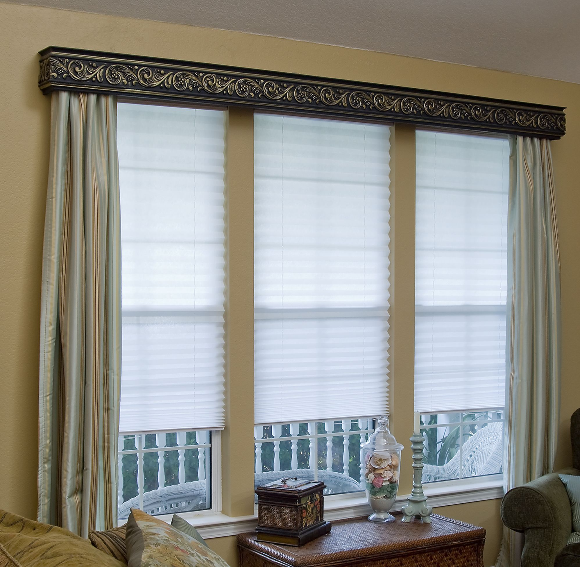 Redi Shade 48 x 72 in Corded Light Filter Fabric White