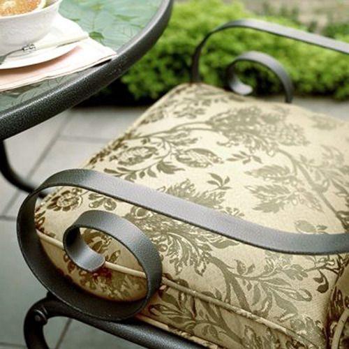 Martha Stewart Everyday Garden Victoria Chair Cushion
