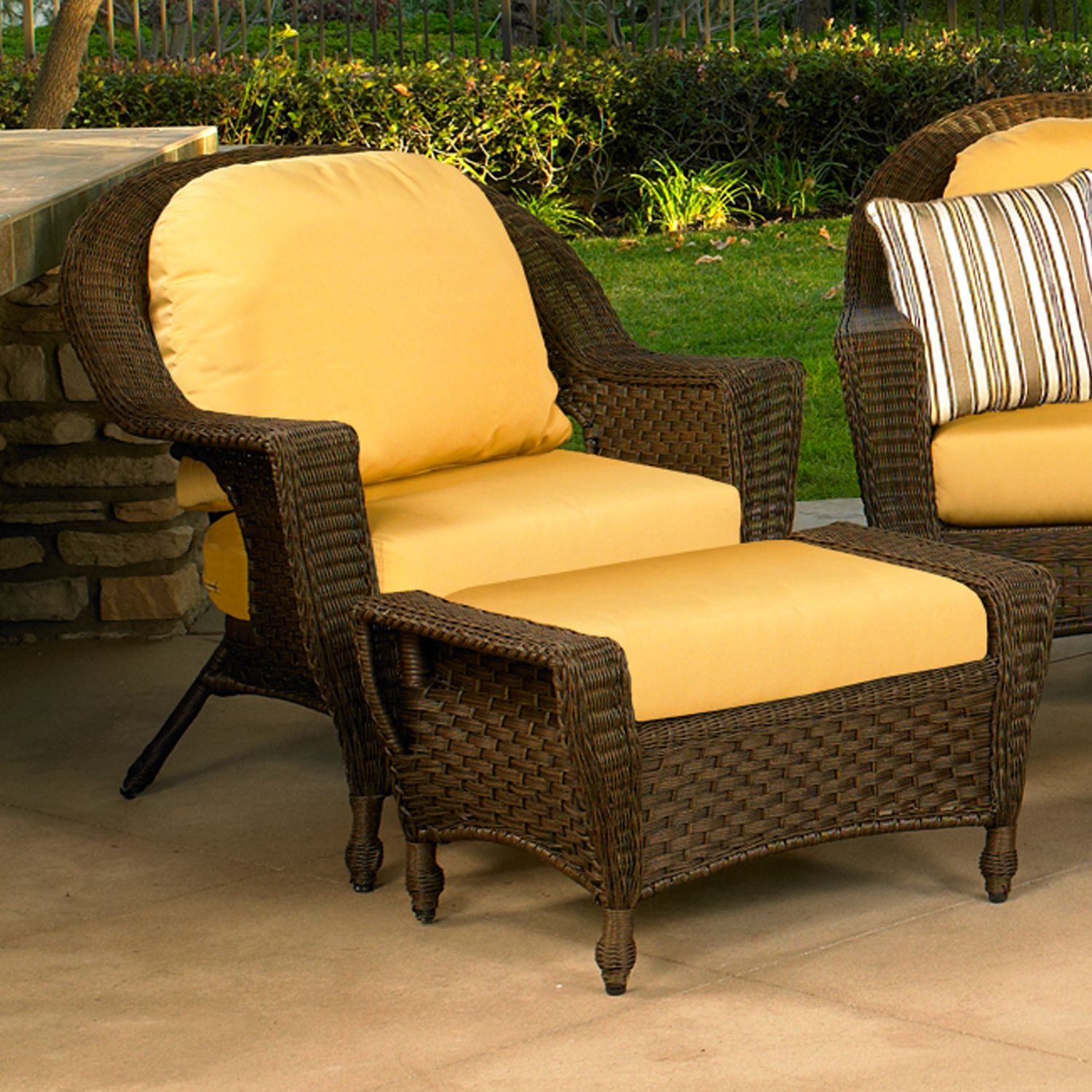 chair covers for garden furniture bentwood rocking outdoor swings modern home exteriors
