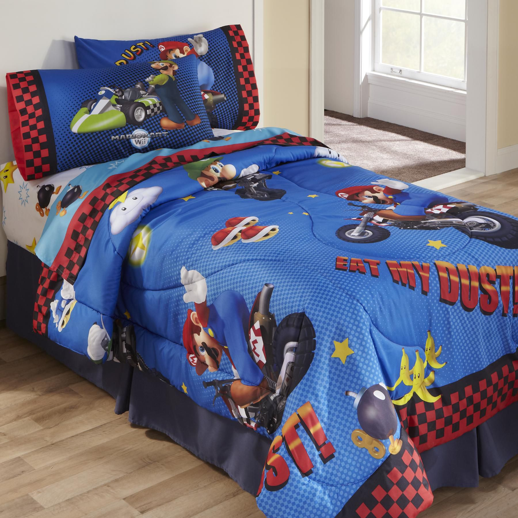 Licensed Kids Super Mario TwinFull Comforter