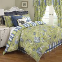 Waverly Casablanca Bedding Collection: King Size Comforter