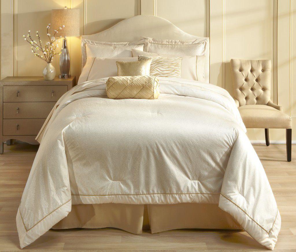 Sofia Vergara Champagne Dream Comforter Set