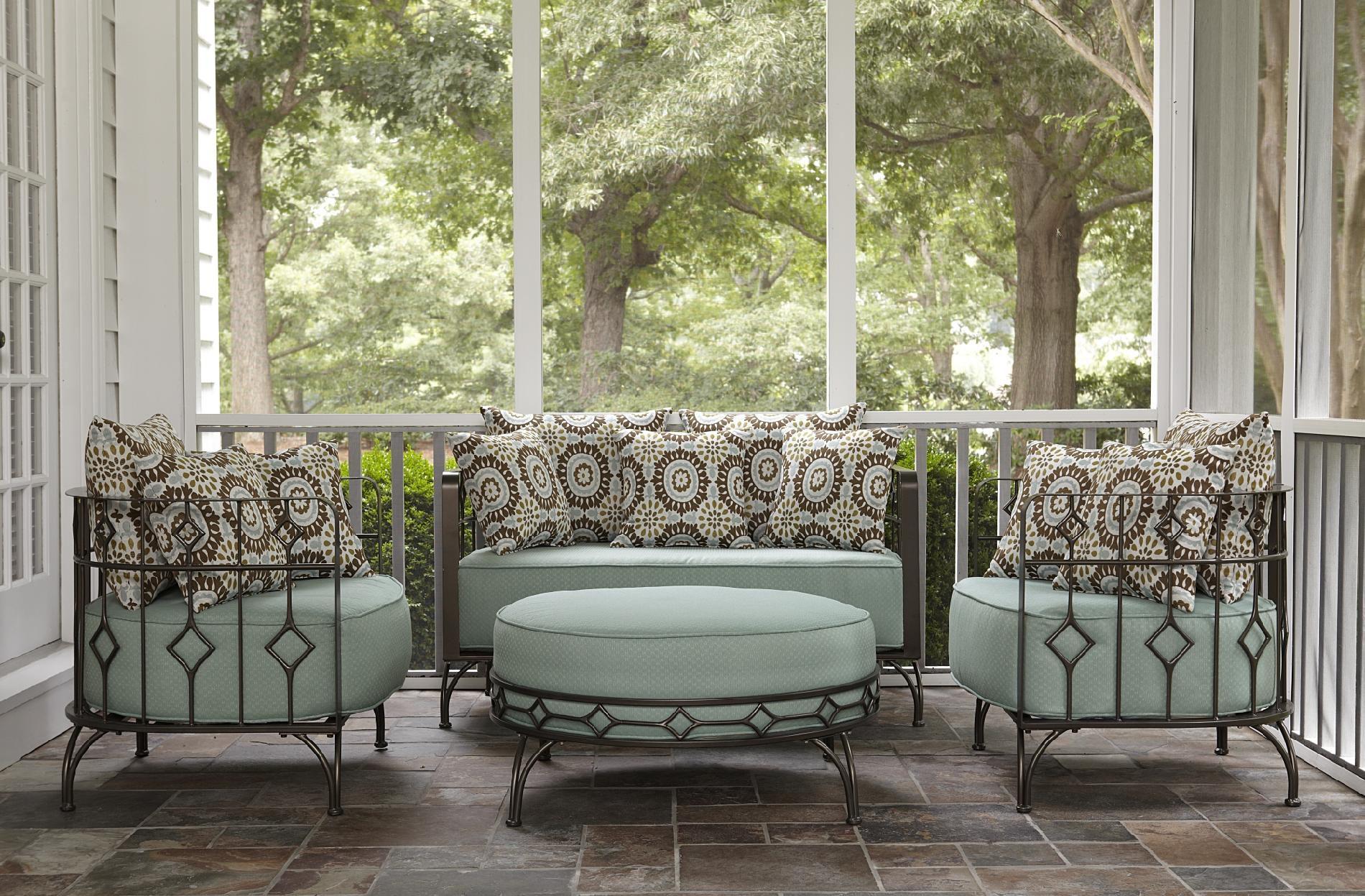 Ty Pennington Style Weldon Deep Seating Cushion Chair