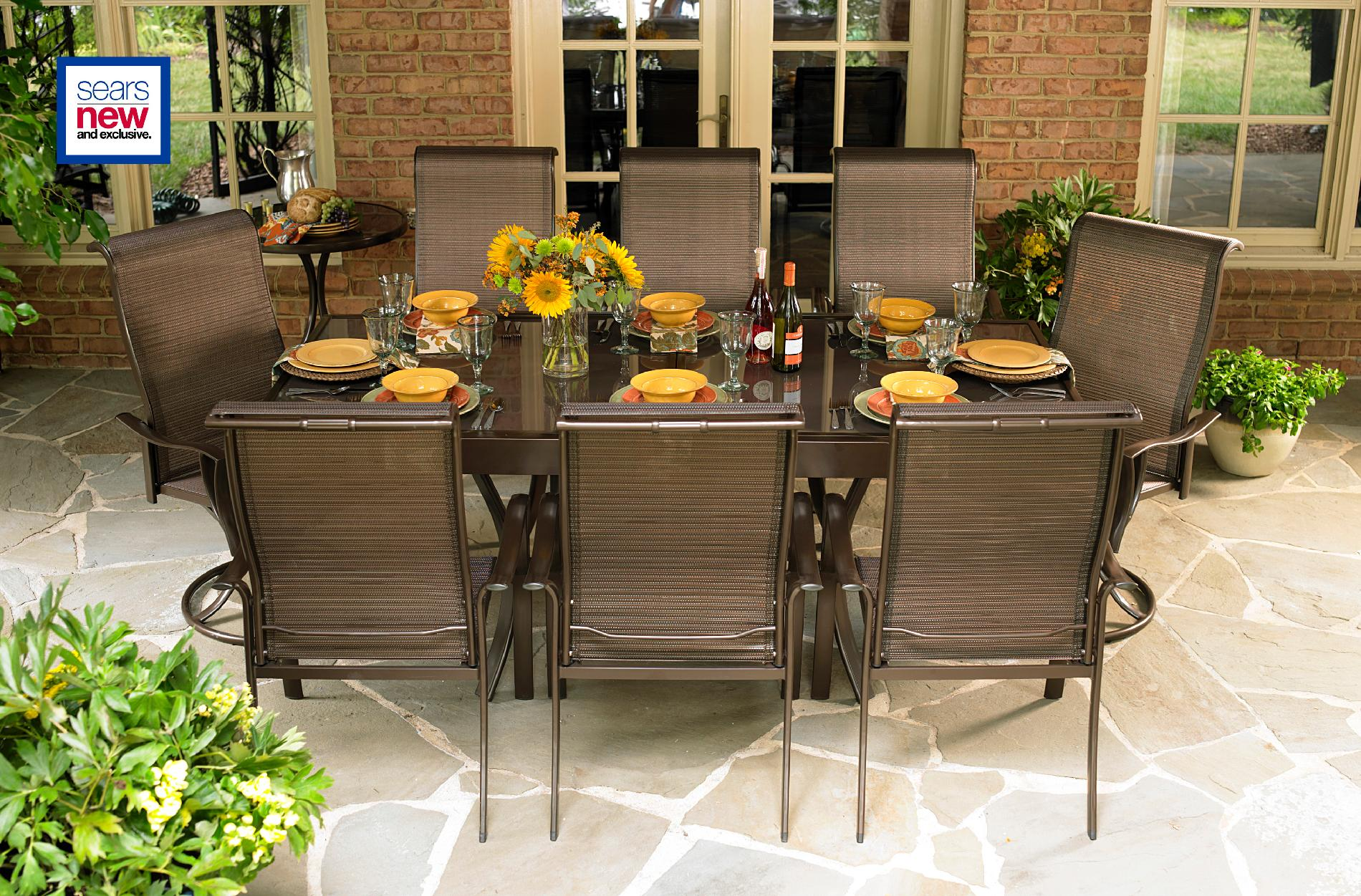 LaZBoy Outdoor Tristan 10 Pc Dining Set with Expanding