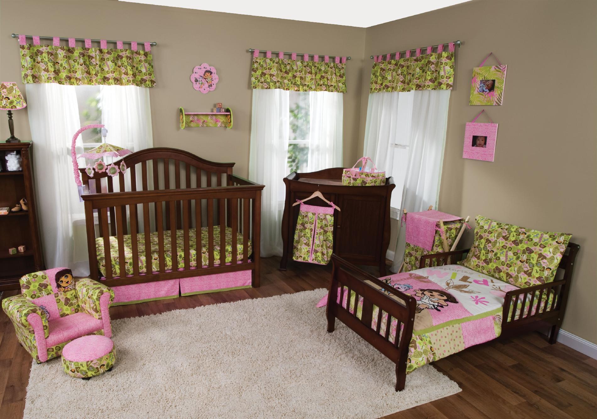 Trend Lab Nickelodeon Dora Explorer Exploring Wild - 5-piece Crib Toddler Bedding Set