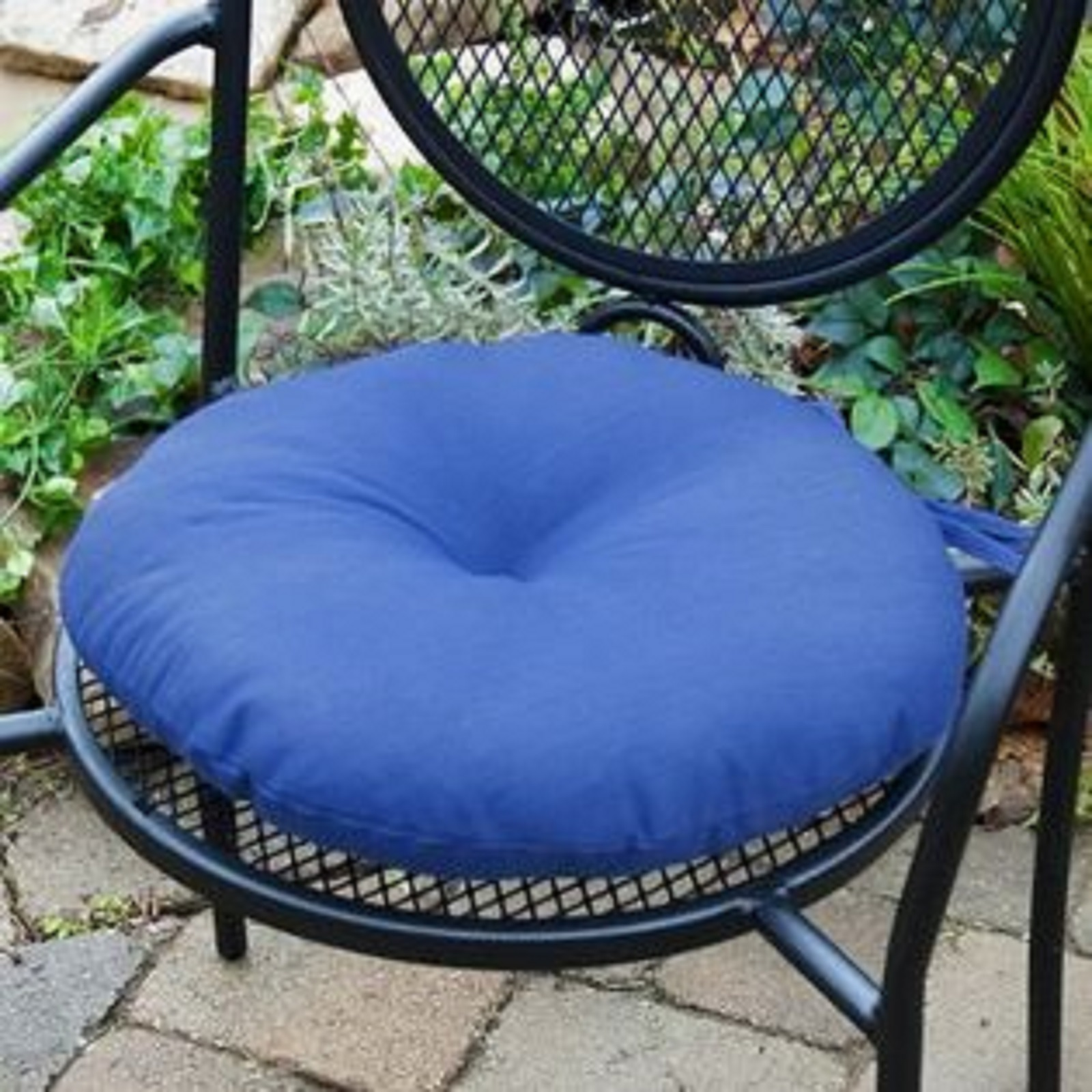 Greendale Home Fashions 18 in Round Outdoor Bistro Chair