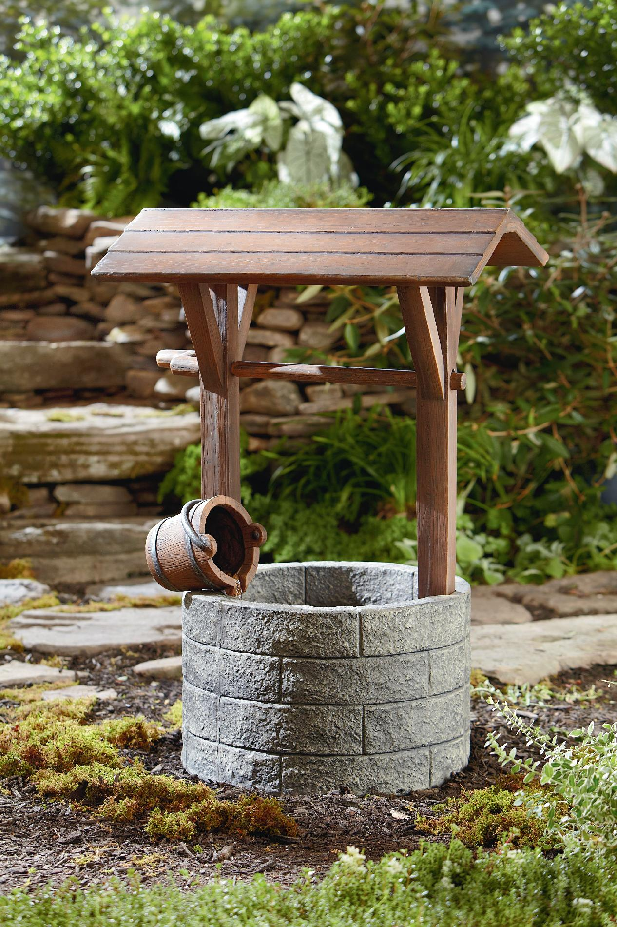 Outdoor Wishing Well Fountains