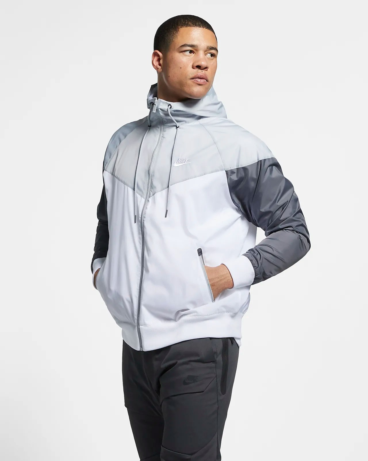 f6ec5320cb Nike Sportswear Windrunner Loose Fit Men S Hooded Windbreaker