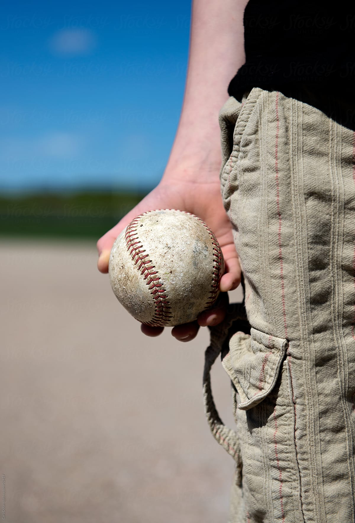 Cara Main Baseball : baseball, Boy's, Holding, Baseball, Dolan, Stocksy, United
