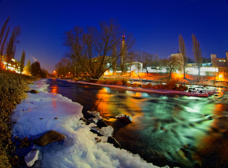 デスクトップ壁紙 : 風景, シティ, 都市景観, 夜, 湖, 自然, 反射, 空, 雪, 冬, 氷, イブニング, 朝, 川, 地平線 ...