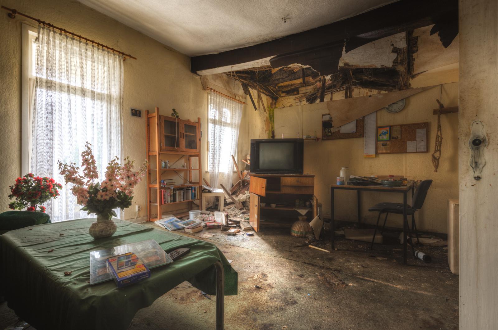 Old Abandoned Mansion Living Room