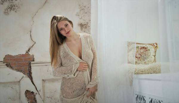 Wallpaper Sheela Model Women Bra