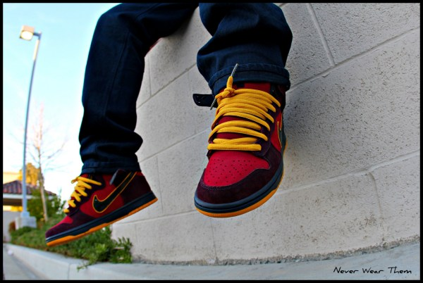 Wallpaper Nike Black Red Jeans Yellow