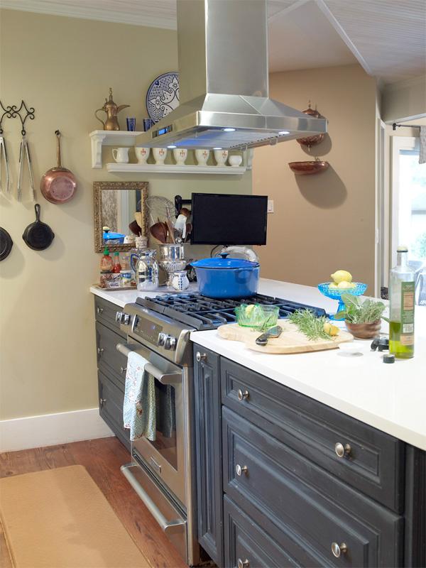 home kitchen equipment amazon sinks undermount chef style ideas high end appliances in plummer s