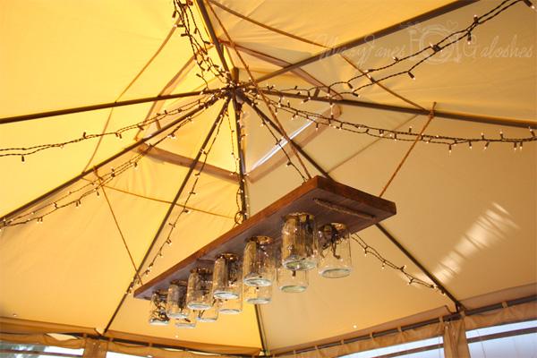 Light fixture hanging