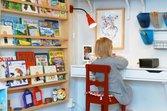 Magazine rack-style bookshelf for kids room