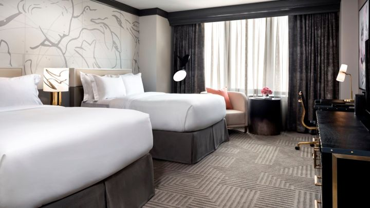 3 bedroom hotel rooms in chicago Two bedroom hotels in chicago