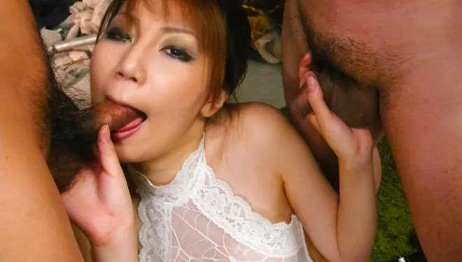 Stunning Yuria Kano blows two cocks in threesome
