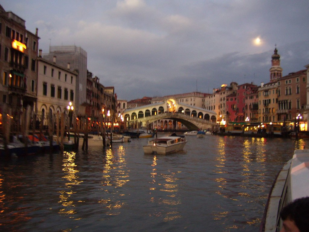 Venice Italy Going Down The Quot Road Quot In Venice No Cars