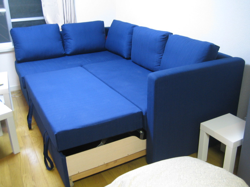 Fgelbo Couch  The Fgelbo couch turns into a bed by