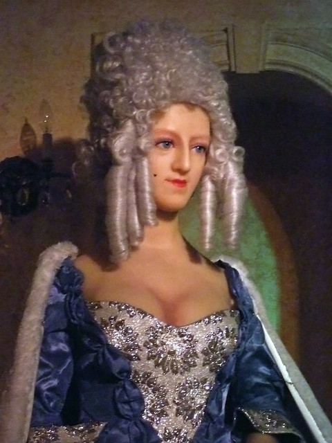 Queen Marie Antoinette At The San Francisco Wax Museum 2