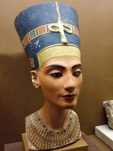 Replica of the bust of Nefertiti 18th Dynasty Egypt  Flickr